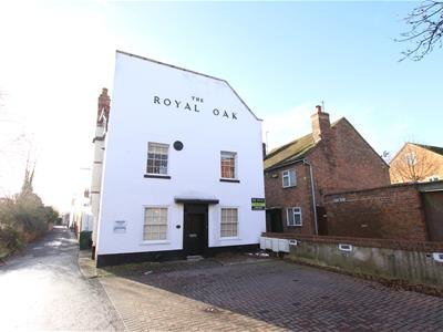 THE ROYAL OAK UPTON UPON SEVERN